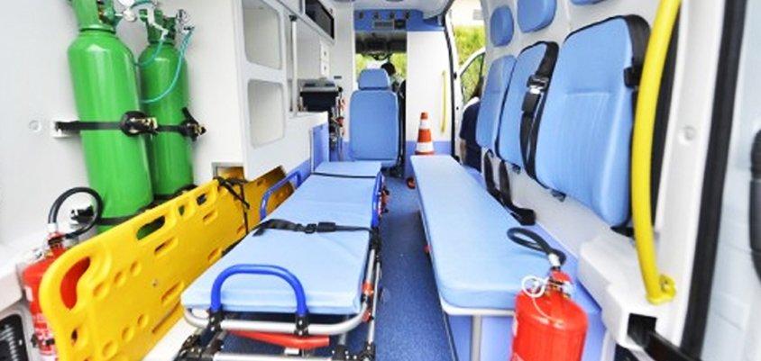 Serviço de remoção de pacientes em ambulância